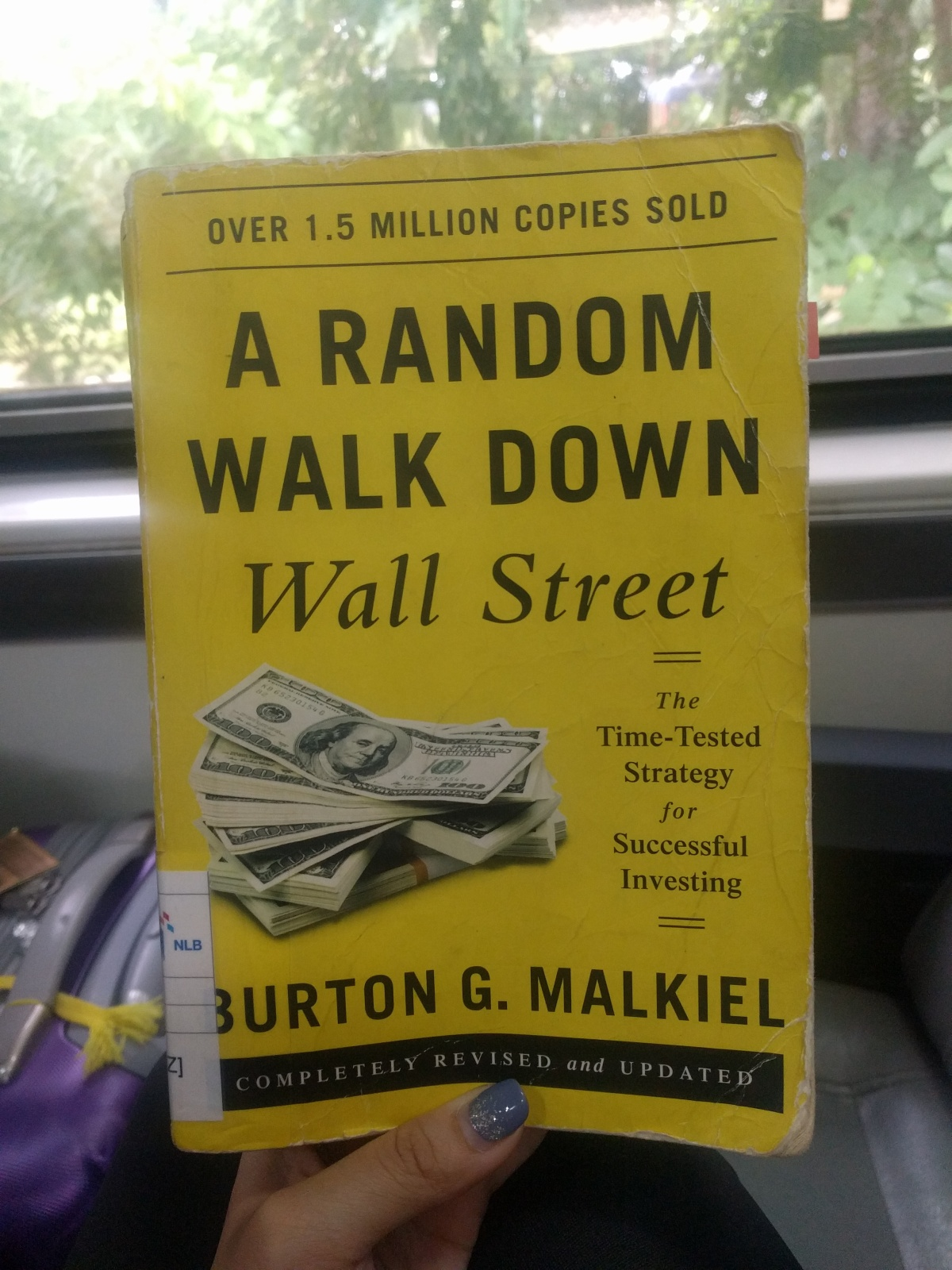 Book Review: A Random Walk Down Wall Street by Burton G. Malkiel