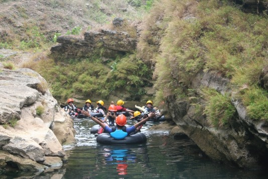 Cave-Tubing-Kalisuci-Alternatifwisata.jpg